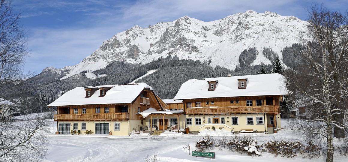 Stiererhof im Winter, Ramsau am Dachstein